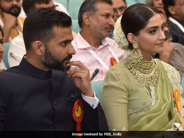 'Sonam Kapoor, My Fave,' Her Rumoured Boyfriend Anand Ahuja Captioned Pic