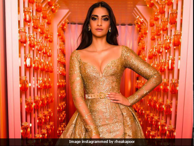 Cannes 2017 Sonam Kapoor Becomes Golden Bae On Day 2 Red Carpet