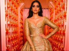 Cannes Film Festival: Sonam Kapoor Is 24 Carat Gold On The Red Carpet