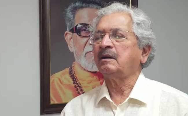 शिवसेना ने बालासाहब की तुलना बापू से की, कहा- जब गांधी का स्मारक बन सकता है तो ठाकरे का क्यों नहीं?