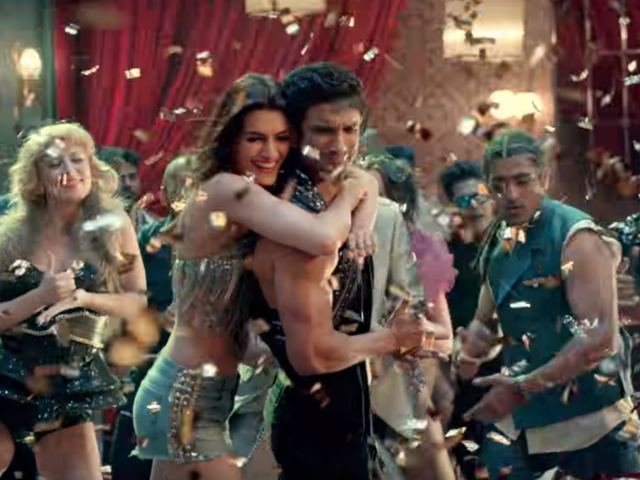 Raabta's Main Tera Boyfriend: Sushant Singh Rajput And Kriti Sanon's Chemistry In The Song Is Unmissable