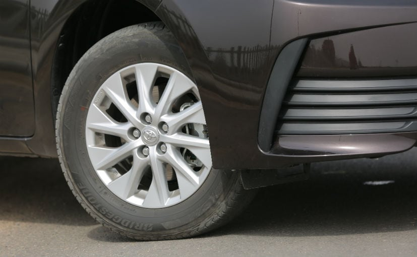 toyota corolla altis facelift alloy wheels