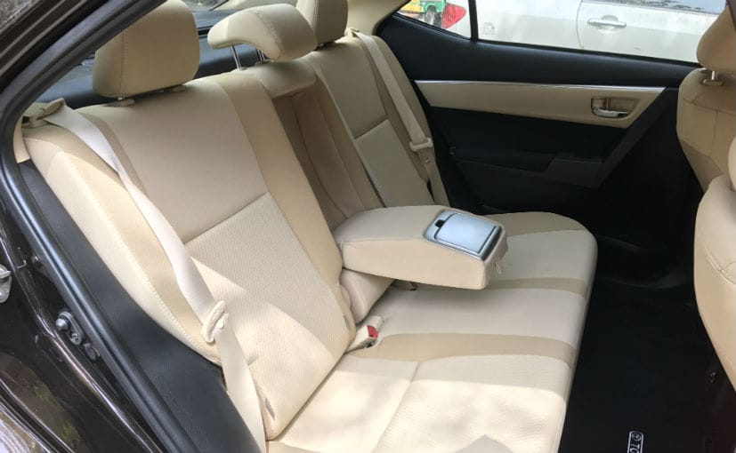 toyota corolla altis facelift rear seats