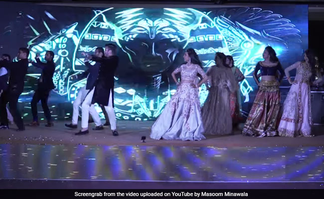 This Dance Off Between The Ladke-Walas And Ladki-Walas Is Wedding Goals