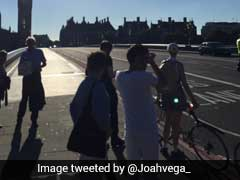 Police Close Off London's Westminster Bridge Over Unattended Vehicle