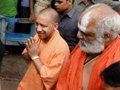 In Ayodhya, Yogi Adityanath Offers Prayers At Makeshift Ram Temple