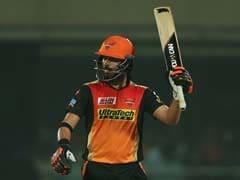 IPL नीलामी में विस्फोटक बल्लेबाज युवराज के बिकने की संभावना बेहद कम, ये रहे कारण
