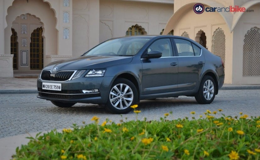 2017 skoda octavia facelift variants ambition style and style plus ndtv carandbike. Black Bedroom Furniture Sets. Home Design Ideas