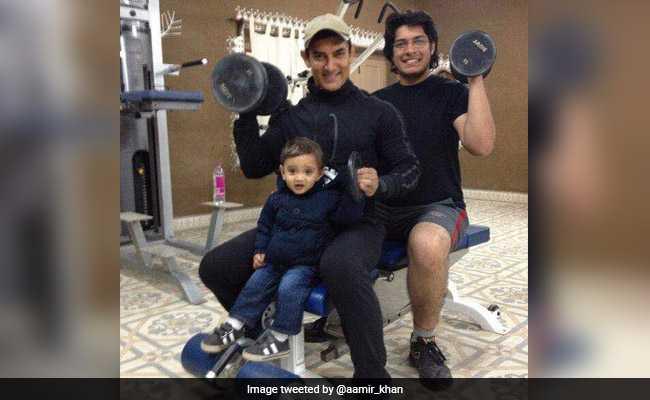 दोनों बेटों के साथ जिम में पसीना बहाते दिखे आमिर खान, साझा की बच्चों के साथ ये खास तस्वीरें