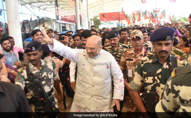 BJP Chief Amit Shah Reaches Maharashtra; To Meet Sena's Uddhav Thackeray