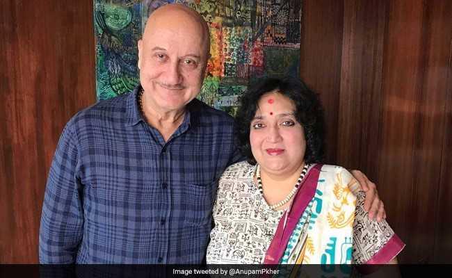 लता रजनीकांत से मिलना सौभाग्य की बात : अनुपम खेर