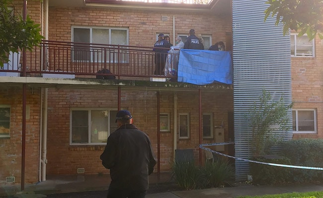 Australian Counter-Terrorism Police Conduct Raids After Fatal Siege