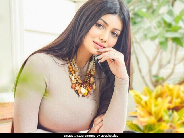 Ayesha Takia Handled Botox Rumours With 'Thick Skin,' Says Pics Were Morphed