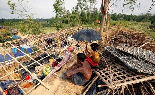 Bangladesh Navy Searches For 81 Fishermen Still Missing After Mora Cyclone