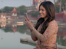 In <i>Toilet: Ek Prem Katha</i> Song <i>Has Mat Pagle</i>, Bhumi Pednekar Reciprocates Akshay Kumar's Feelings