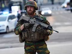 ब्रसेल्स के ट्रेन स्टेशन पर 'आतंकी' विस्फोट, सैनिकों ने हमलावर को मार गिराया