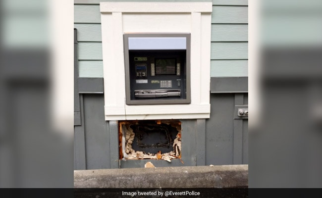 Thieves Try To Break Into ATM, Accidentally Set Cash On Fire