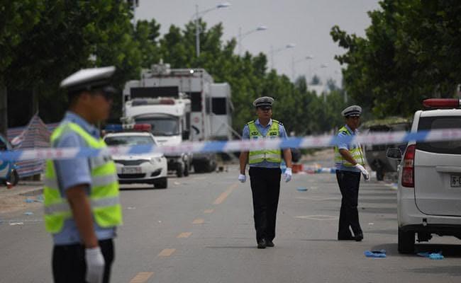 पाकिस्तान: आत्मघाती हमले में 2 जवानों की मौत, बाइक से आया था हमलावर
