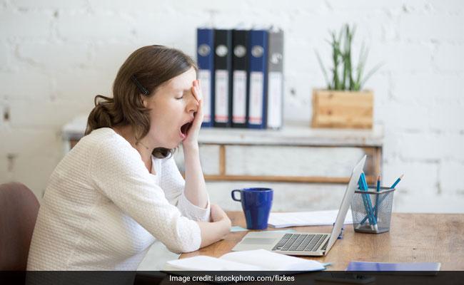 अगर आप भी ऑफिस में करते हैं लंबी शिफ्ट, हो सकती है गंभीर समस्या