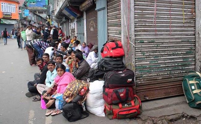 After Rajnath Singh's Appeal, GJM Suspends Darjeeling Bandh