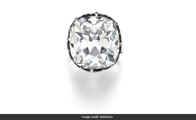 Diamond Ring Bought For 10 Pounds Sells For Over 650,000 Pounds