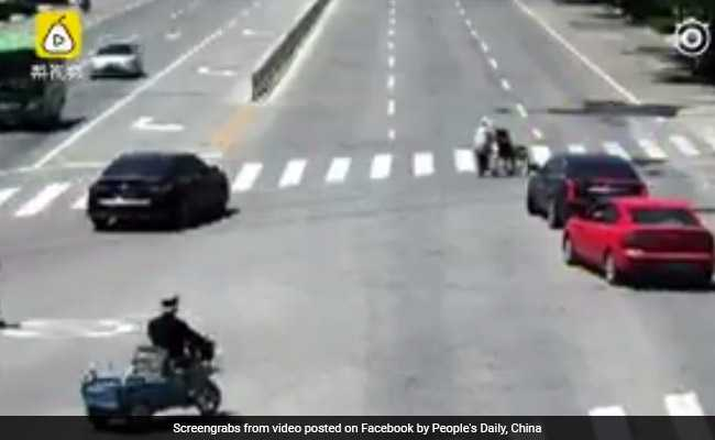 Elderly Woman Pushes Wheelchair Across Road. Now Watch What A Driver Does