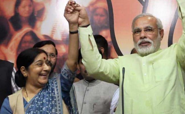 ट्विटर पर गुहार करने वाले भारतीयों की रात 2 बजे भी मदद करती हैं सुषमा स्वराज : प्रधानमंत्री नरेंद्र मोदी