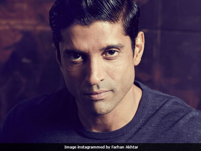 Farhan Akhtar Let His Daughter 'Add Colour To His Life.' Result? ROFL