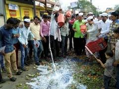 Maharashtra Government Trying To Break Farmers' Unity, Says Shiv Sena
