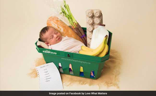 महिला को खुद की प्रेग्नेंसी का पता ही नहीं था, सुपरमार्केट के बाथरूम में दिया बच्ची को जन्म