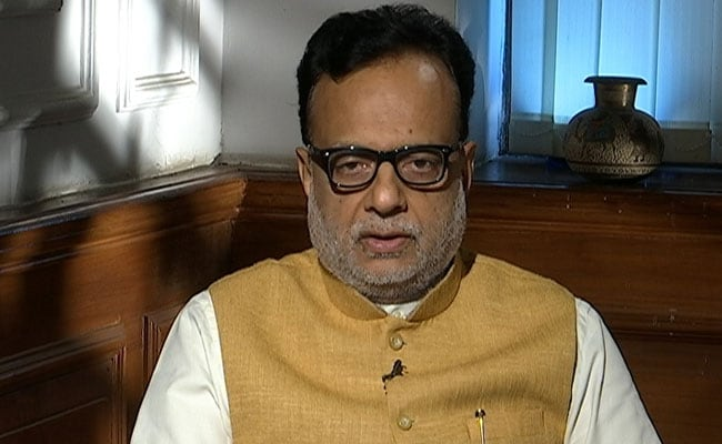 Unevenness In Taxes Paid By Salaried, Businessmen: Hasmukh Adhia