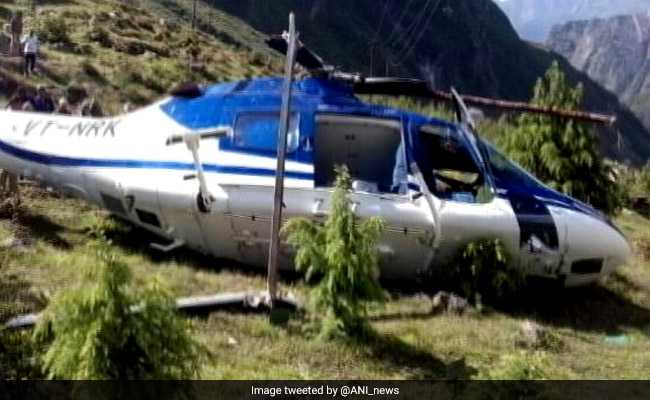 बद्रीनाथ : हेलीकॉप्टर क्रैश, 1 इंजीनियर की मौत-2 पायलट घायल