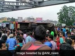 2 Killed After Bus Overturns On Kolkata's Howrah Bridge