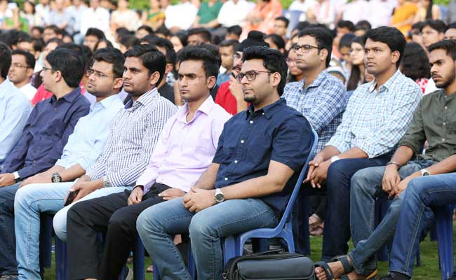 IIM Bangalore Welcomes 405 PGP, 23 FPM Students