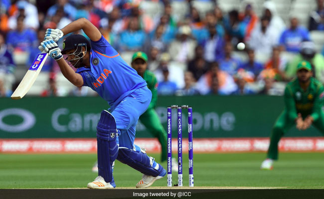 India vs Pakistan: Rain Briefly Stops Play, Sends Twitter Into Overdrive