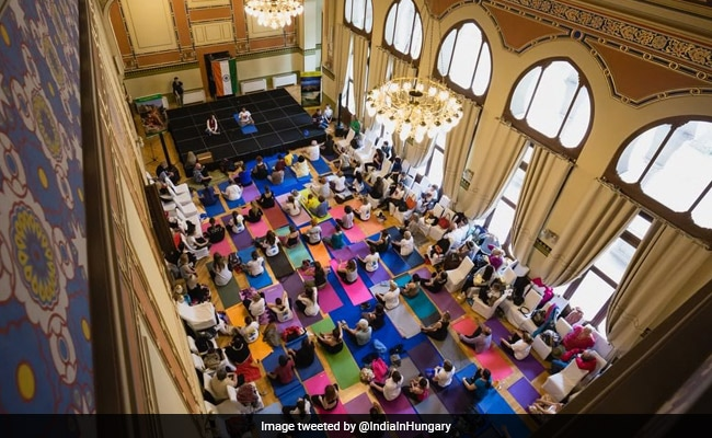 international yoga day twitter hungary