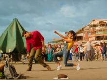 <i>Jagga Jasoos</i>' <i>Ullu Ka Pattha</i>: Ranbir Kapoor, Katrina Kaif And Their Goofy Dance Moves
