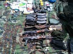 कश्मीर के नौगाम में मारे गए आतंकियों के पास मिले सामान पर लिखा है पाकिस्तान डिफेंस फोर्सेज, देखें तस्वीर