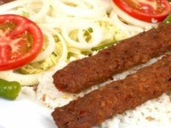 Kakori Kebabs: A Tale Of An Offended Nawab, Mangoes And a Delicious Variety of Kebab