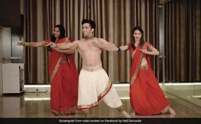 This 'Kala Chashma' Makeover By Kathak Dancers Is All Things Brilliant