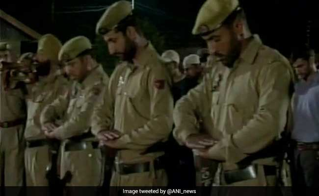 Terrorists Kill 6 Policemen In South Kashmir's Anantnag, Disfigure Faces With Bullets
