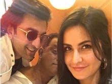 <i>Jagga Jasoos</i>: Katrina Kaif Posts An Adorable Selfie With Ranbir Kapoor And Anurag Basu