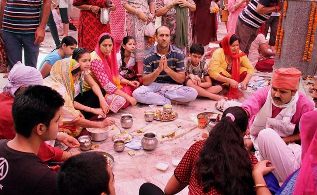 Unrest hits Kashmir's Mela Kheer Bhawani