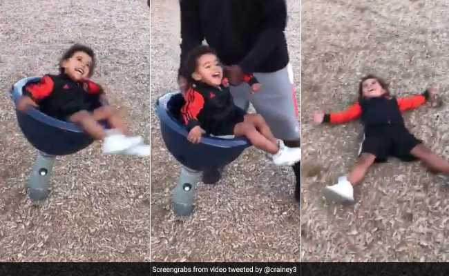 बच्चे के साथ पिता की यह वीडियो देखकर हंस-हंसकर हो जाएंगे लोटपोट