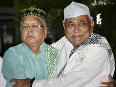 After Lalu Yadav Dials Him, Nitish Kumar Calls Truce. Congress Excluded