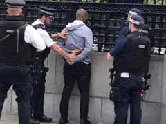 ब्रिटिश संसद के बाहर चाकू के साथ युवक गिरफ्तार