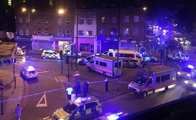 Van Rams Pedestrians In London, 1 Dead, PM Theresa May Says 'Potential Terror Attack'