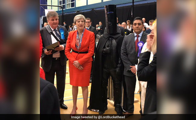 Lord Buckethead, Mr Fish Finger And Elmo Were Candidates In UK Elections