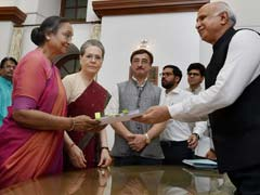 As Meira Kumar Files Nomination, Sonia Gandhi Delivers A Message