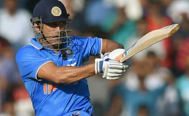 WI vs IND: महेंद्र सिंह धोनी के नाम जुड़ी एक और उपलब्धि, ऑस्ट्रेलिआई दिग्गज गिलक्रिस्ट को पछाड़ा
